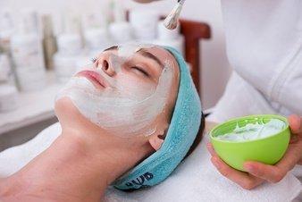 Tips de cuidad de la piel. Limpieza facial paso a paso